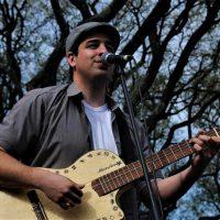 """Raúl Rambaud: """"La música llega a mi vida por esas cosas del destino"""""""