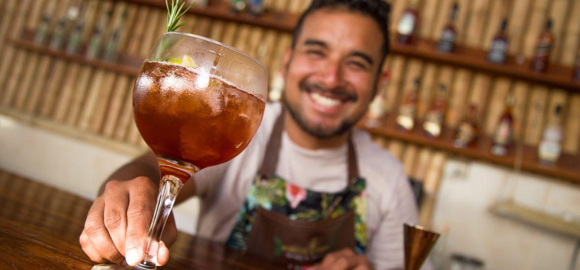 """DL Cocktails: """"Si no hay sonrisa, no hay cocktail"""""""