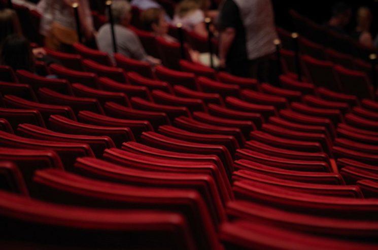 «Hijas de la pantalla»: Teatro para ver en casa